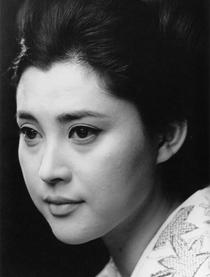 冈田茉莉子