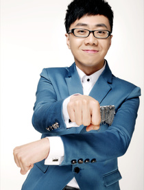 王伟(DJ)