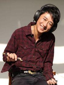 伍洲彤(DJ)